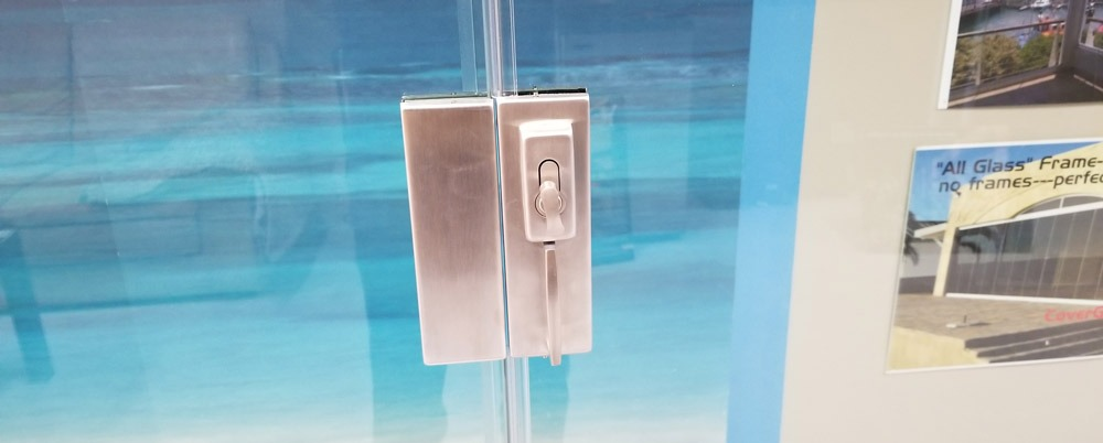 Cover Glass locking mechanism
